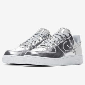 Women's Metallic Silver Nike Air Force 1 SP